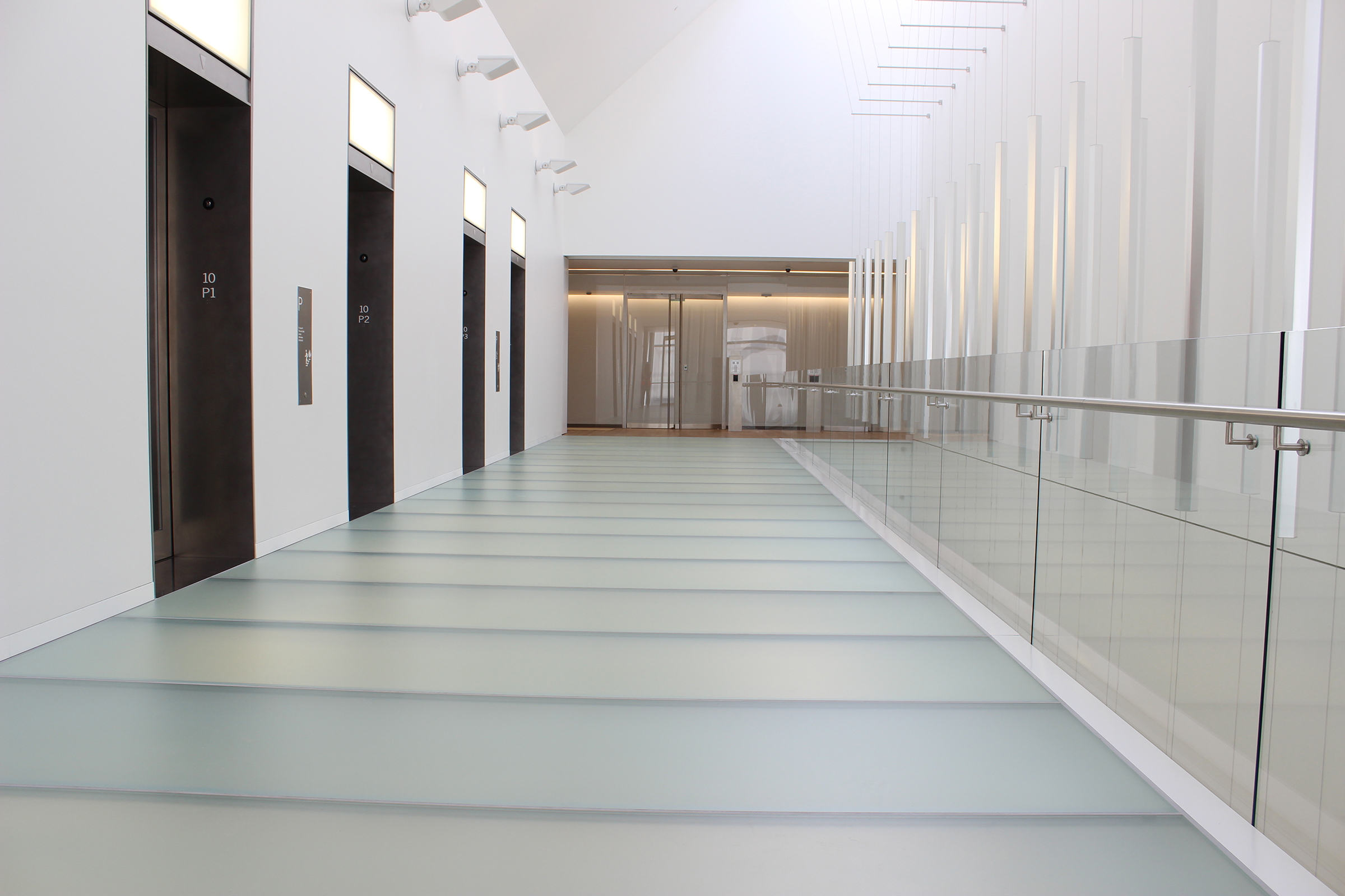 GLASS FLOORING/STAIRCASE SYSTEMS